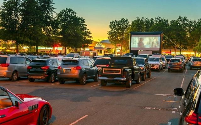 فورد ستحول سياراتها إلى مسرح خارجي...