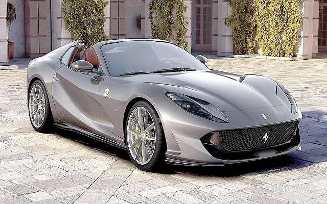 فيراري 812 GTS أقوى سيارة سبايدر بالعالم...