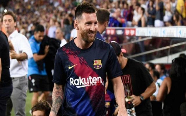 ميسي يستطيع مغادرة برشلونة بسهولة...