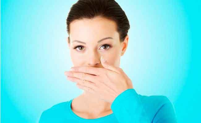 لماذا تشعرين بمرارة الفم أثناء الحمل...؟