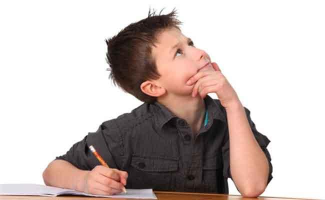 هل يرفض طفلك إنجاز الواجبات المدرسية؟ الجأي الى هذه الأساليب...