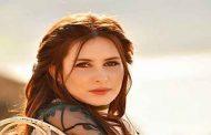 كنزة مرسلي تعود بأغنية جزائرية ايقاعية من توقيع اللبناني عادل سرحان...
