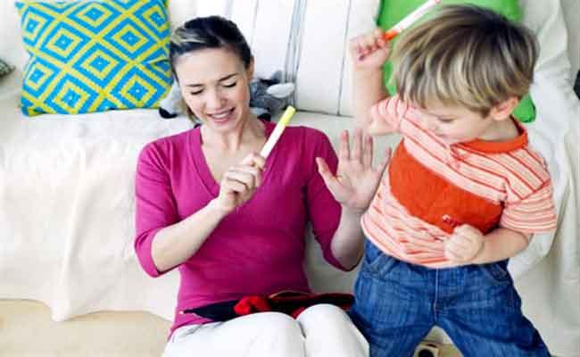للتعامل مع طفلكِ كثير الحركة... 4 خطوات إعتمديها...!