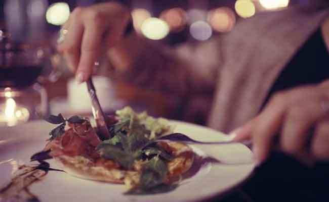 إليكم أضرار العشاء المتأخر...فتجنبوها...!