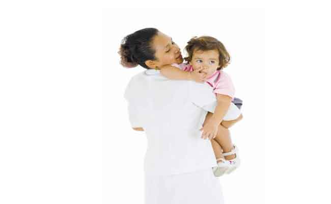 نصائح مفيدة يجب أخذها بعين الإعتبار عند اختيار مربية طفلك...