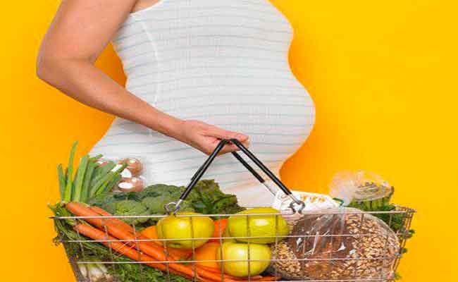 لن تصدقي مدى تأثير سوء التغذية على جنينك في الحمل...!