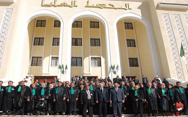 هل يتغلب القضاة على عدالة الهاتف التي يديرها نظام القايد صالح