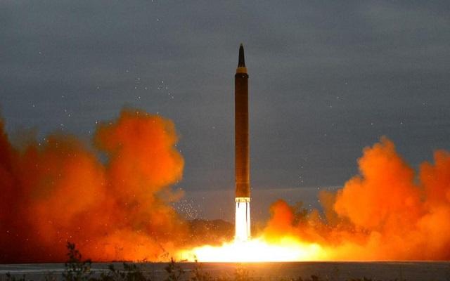 كوريا الشمالية تهدد بالرجوع لتطوير برنامجها النووي...
