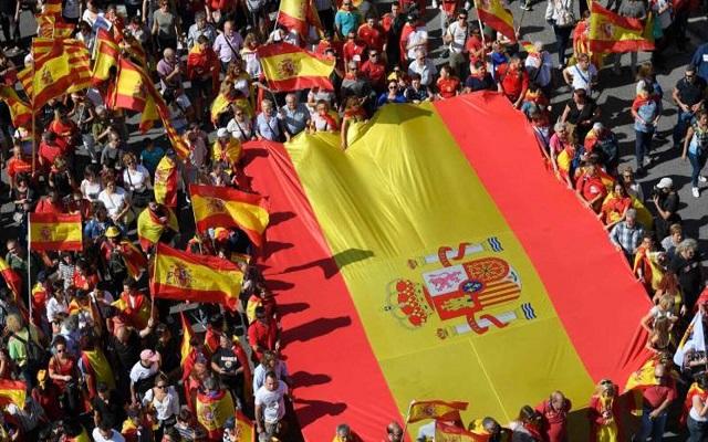 تظاهرة في برشلونة رفضا لاستقلال إقليمكاتالونيا