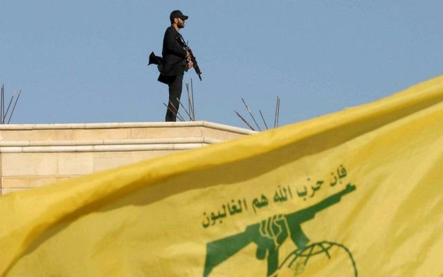 طائرة تجسس إسرائيلية تحلق فوق معقل حزب الله