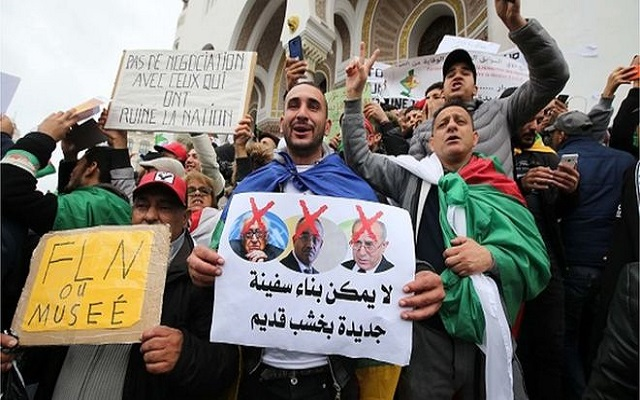 الضحك على الذقون محمد شرفي يطالب المتظاهرين بتأطير الانتخابات... وإنهاء عقد لحداد بمليار دولار