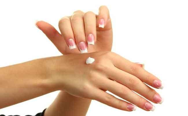 كيف تحمين يديك من الجفاف في الخريف...؟