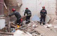 مقتل زوجين و إنقاذ أطفالهما الثلاثة في حادثانهيار بناية قديمة بزهران