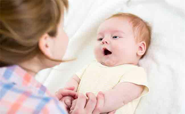 هل كثرة حركة الرضيع تثير القلق...؟