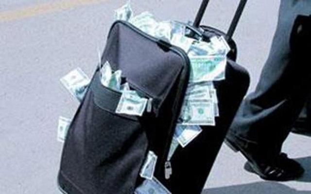 من اجل تسهيل عملية تهريب أموال الجنرالات اصبح للجزائريين الحق في السفر ومعهم 5000 يورو