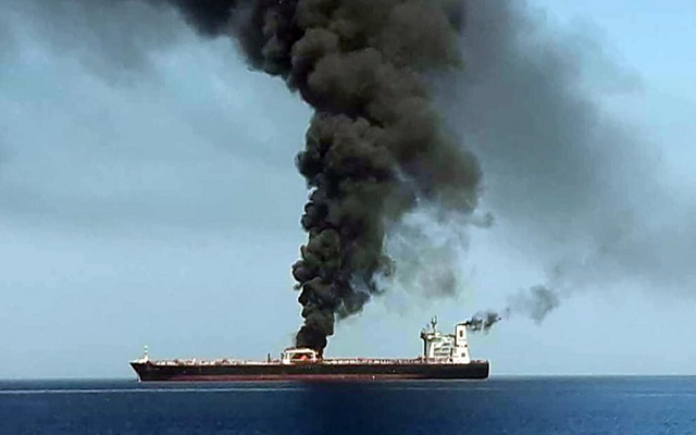 ايران تحذر من أن الملاحة التجارية في البحر الأحمر لم تعد آمنة...