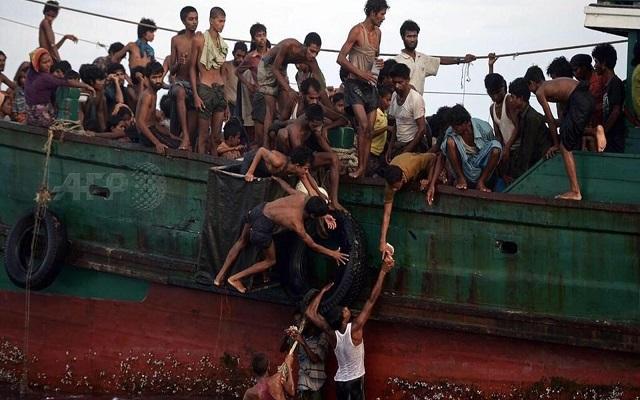 إنقاذ 119 من مسلمي الروهنغيا من الغرق