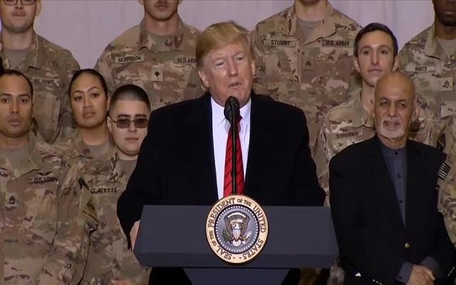 ترامب قام بزيارة مفاجئة لأفغانستان