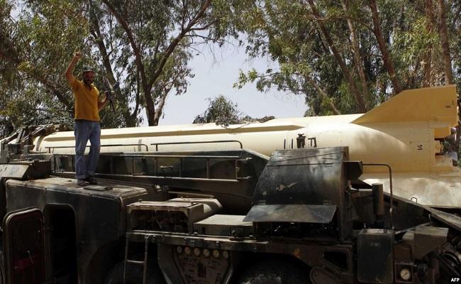 اللواء سعيد شنقريحة خان الجزائر وسلم صواريخنا البالستية لحفتر وقتل القايد صالح