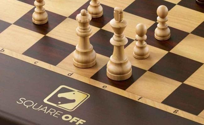 أذكى رقعة شطرنج في العالم...
