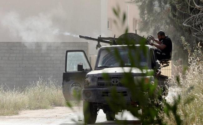 تجدد الاشتباكات جنوب العاصمة طرابلس