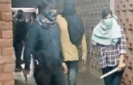 احتجاجات بأنحاء الهند بسبب هجوم شنه ملثمون على جامعة