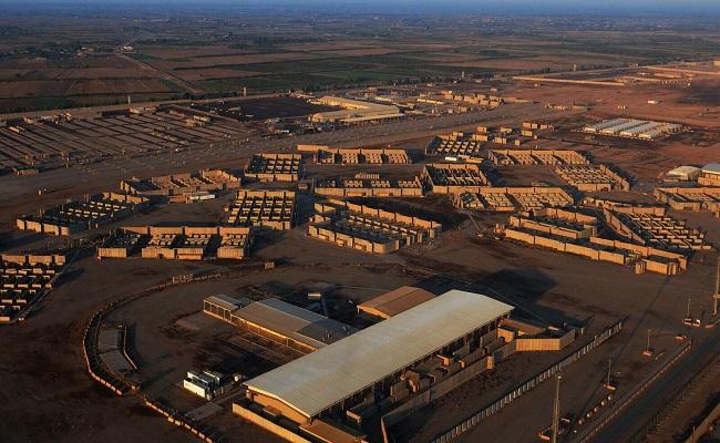 إصابات بقصف صاروخي على قاعدة عراقية عسكرية بها قوات أميركية