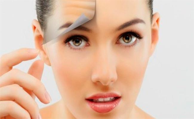 هذه الخطوات كفيلة بمعالجة مشكلة خشونة الوجه خصوصاً في الشتاء...