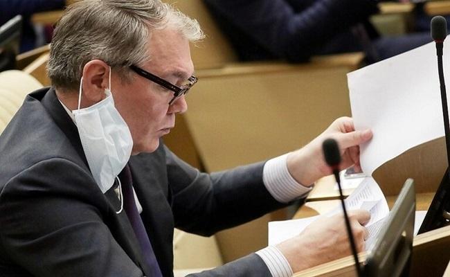 مسؤول روسي يعلن إصابته بكورونا