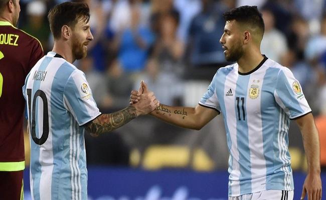 ميسي يعاني مع منتخب الأرجنتين...