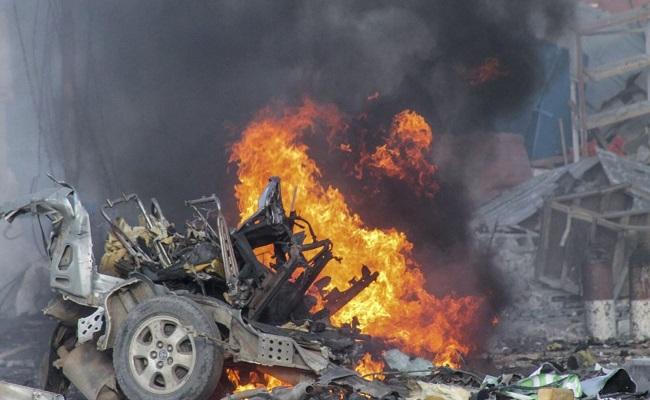 تفجير ارهابي يودي بحياة حاكم و3 من حرسه في الصومالي