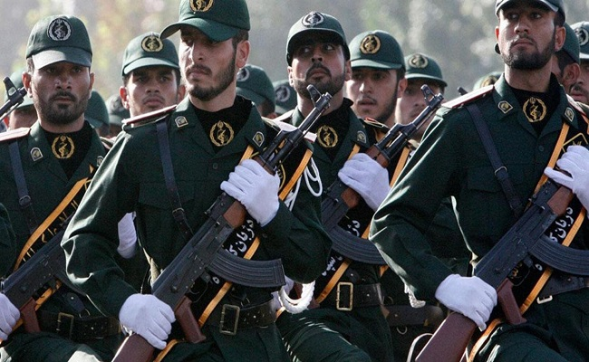 قتيلان في اشتباك بين الحرس الثوري الإيراني ومسلحين أكراد