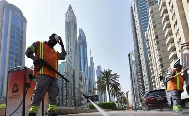 في دول الخليج إصابات كورونا تتجاوز 100 ألف