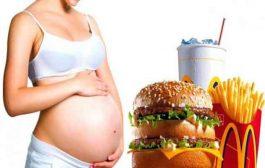 هل يمكن للحامل تناول البرغر...