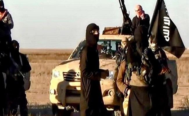 12قتيل وجريح في هجوم لداعش بالعراق...