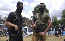 مسيرة لمسلحين أغلبهم من السود في أمريكا