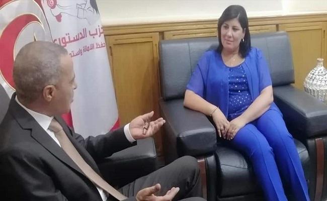 كلبة الإمارات تطلب من سفير الجنرالات عدم فتح الحدود لخنق اقتصاد تونس