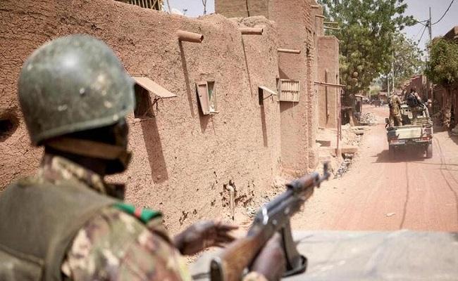 هل هناك انقلاب عسكري في مالي