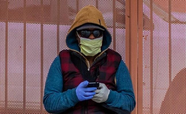 توقع بوفاة 300 ألف أمريكي بفيروس كورونا قبل نهاية العام