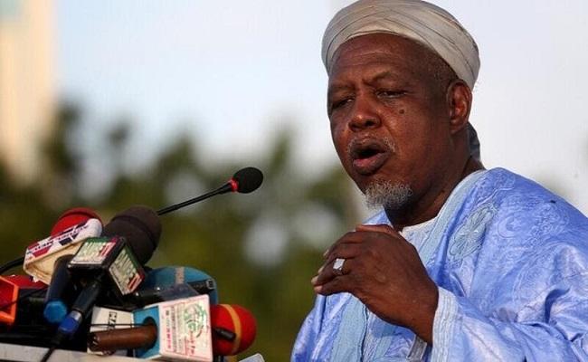 الإمام الأكبر بمالي يحذر الإنقلابيين من الغدر بالشعب