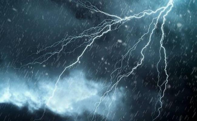 وفاة شخصين بسبب انهيار تربة والأرصاد تحذر من أمطار رعدية
