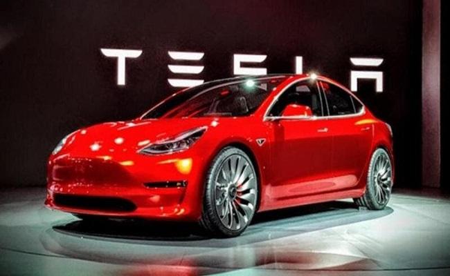 تسلا تصدر السيارات المصنعة في الصين إلى أوروبا...