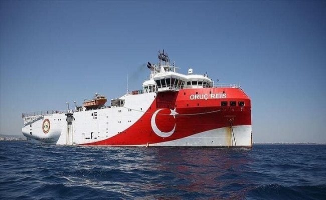 لا محادثات مع تركيا وسفينة التنقيب في المياه