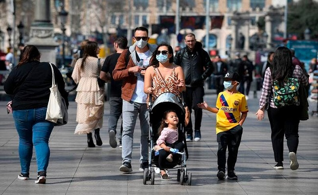 الصحة العالمية تحذر من تطور كورونا