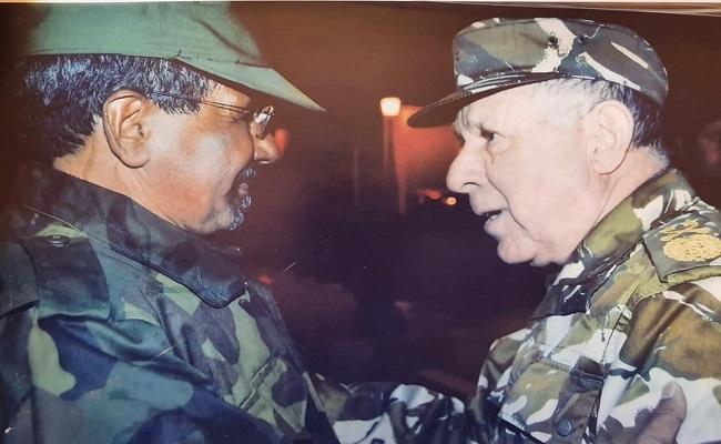 رعونة قرارات الجنرال شنقريحة تسببت للجزائر بعزلة دولية