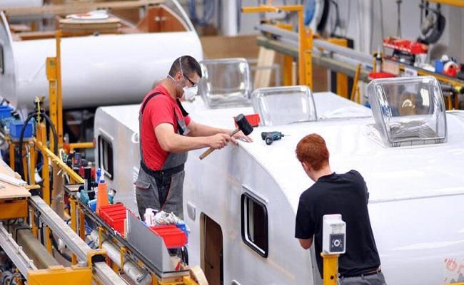 ملياري يورو لدعم موردي قطع غيار السيارات في ألمانيا...