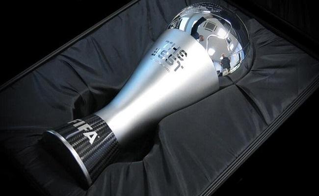 الفيفا تعيد جائزة أفضل لاعب في العالم...