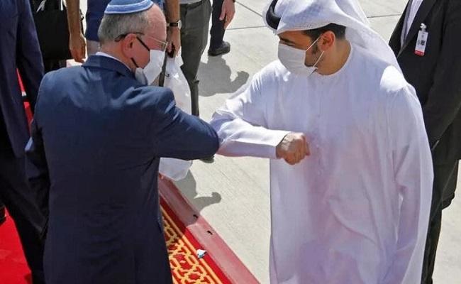 رحلات يومية منتظمة بين الإمارات وإسرائيل