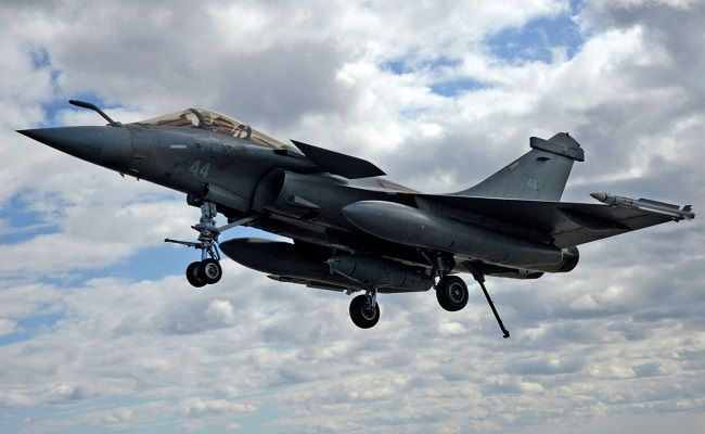 العراق عاد ليهم بشراء طائرات الرافال الفرنسية...