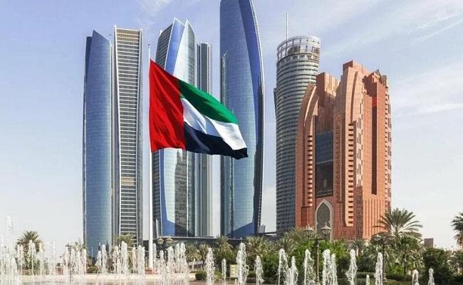توقيف 14 لبنانيا في الإمارات